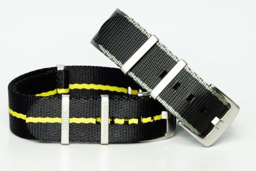 Seatbelts in den Farben schwarz/gelb und grau/schwarz